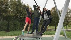 Amina, Silas, Lucas j og Emma - Det et cool at lege uanset hvor mange år man er.