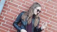 Sofia og Mette - Fordi hun erstatter en cigaret med en slikkepind