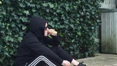 Runa 8.a og Laura 8.a - Man kan godt se cool ud uden at ryge