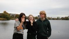 Allema, Nuka, Asger, Gabriel - hvide tænder ender ud i flere venner!