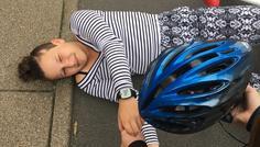 Klara, Cecilie, Kamilla & Ylva - Det er cool at være venlig & bruge cykelhjelm!
