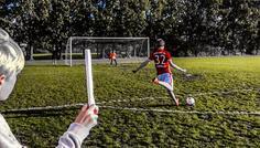 Jeppe Stokholm og Sebastian Kampmann - Fordi han vælger at spille fodbold i stedet for at ryge