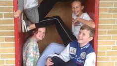 Mathilde, Rasmus, Ea & Frederikke - Vi er på toppen uden røg