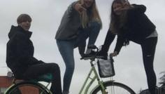 Maya, Sebastian og Celine - Viser sammenhold og venskab