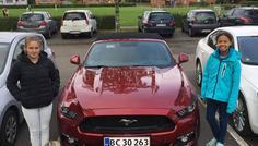 Laurits, Julia og Emily - Cool bil til cool lærer :-)