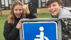 Clara, Kristoffer og Milo - Handicappede er cool