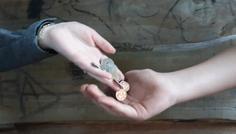 Maia, Xenia, Frederik og Markus - Det er cool at give penge til de fattige!