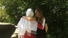 Nour og Nada - Med venskaber kommer man længst venskaber er cool