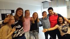 Naya A og gruppe - Det er cool at have et godt sammenhold og fællesskab.