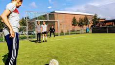 Jacob, Mikkel, Nicklas, Oliver og Daniel - Fordi man sagtens kan spille fodbold uden at ryge.