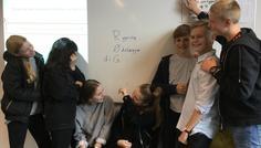 Emilie, Rokhosh, Sara, Julie, Jeppe, Gustav og Asger - RYNING ØDELÆGGER DIG!