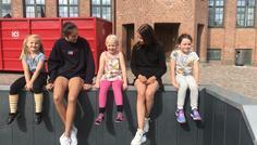 Sophie, Malou og Victoria - Det er cool at leve sit liv og glemme sin alder.