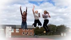 Ida, Camilla og Ninna - Det er cool at hoppe ind i en røgfri zone :)